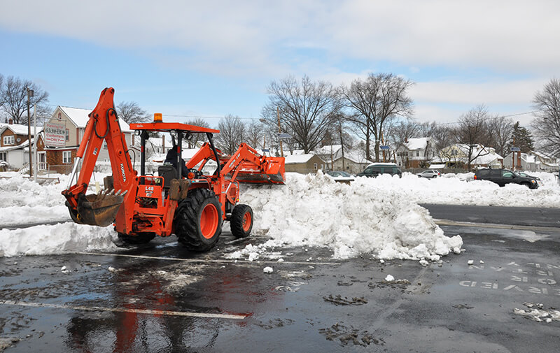 Why You Should Choose Commercial Snow Removal Services for your Business -  Landscape Solutions