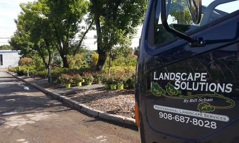 landscape-truck-picking-up-flowers-for-delivery