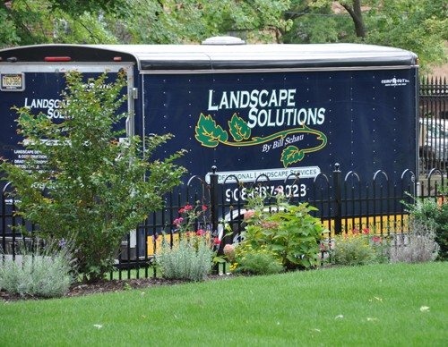 landscape-solutions-truck